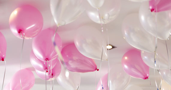 pink_and_white_balloons