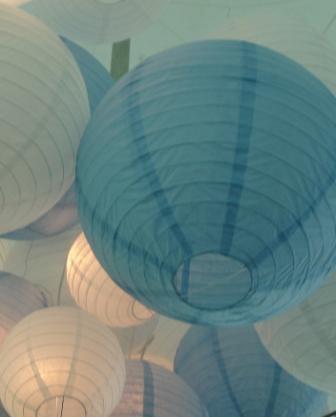 paper lanterns Santarella