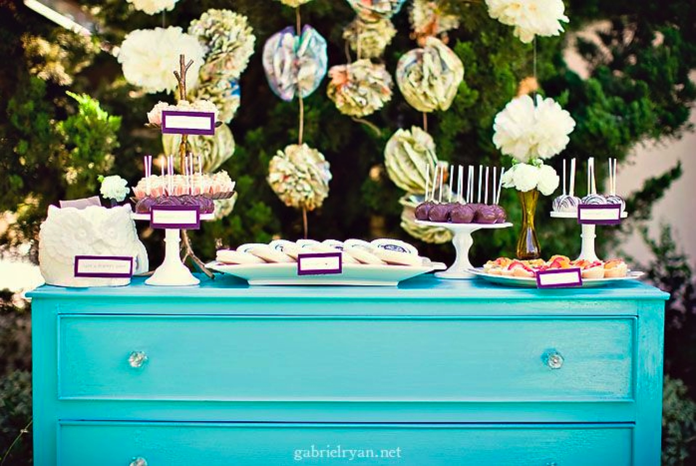 Planning an engagement party the yes girls for Backyard engagement party decoration ideas