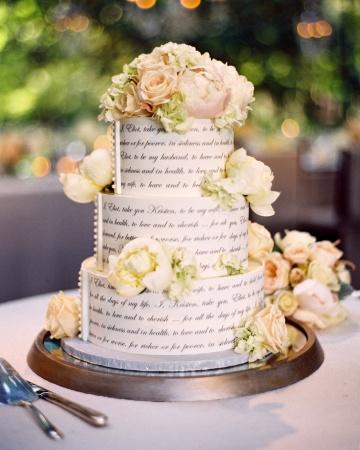 vow wedding cake